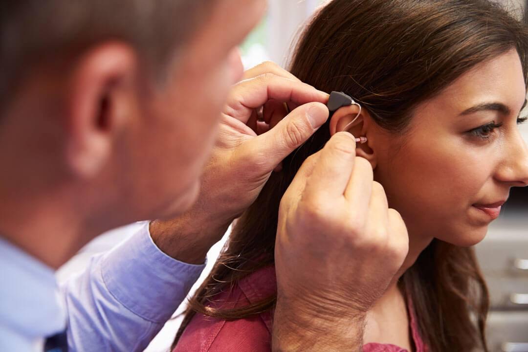 Υπάρχει μια περίοδος προσαρμογής στα ακουστικά βαρηκοΐας